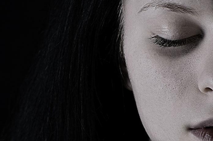 Blizny po trądziku – dlaczego powstają i jak z nimi walczyć?