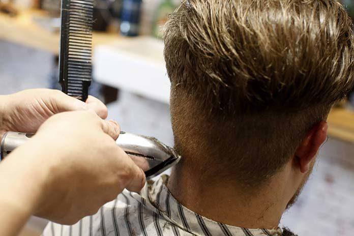 Jakie zalety ma transplantacja włosów i jakie są najpopularniejsze metody?