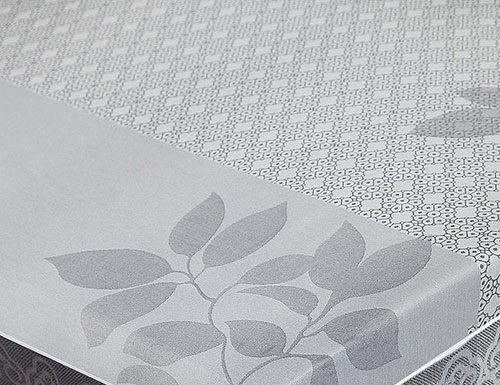 Obrusy a rozmiar stołu - jak dobrać odpowiednią długość?