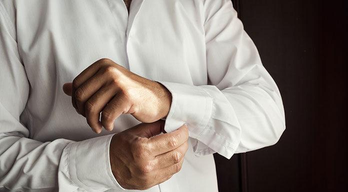 Czy biała koszula męska jest dobra na każdą okazję
